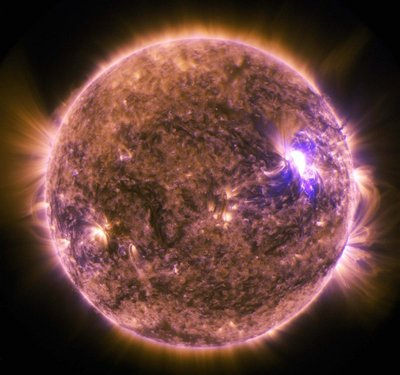 A-solar-flare-captured-by-NASA's-Solar-Dynamics-Observatory-in-2015.-Credit-NASA-SDO..jpg
